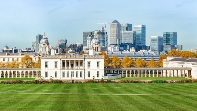 Greenwich park and Canary Wharf in London